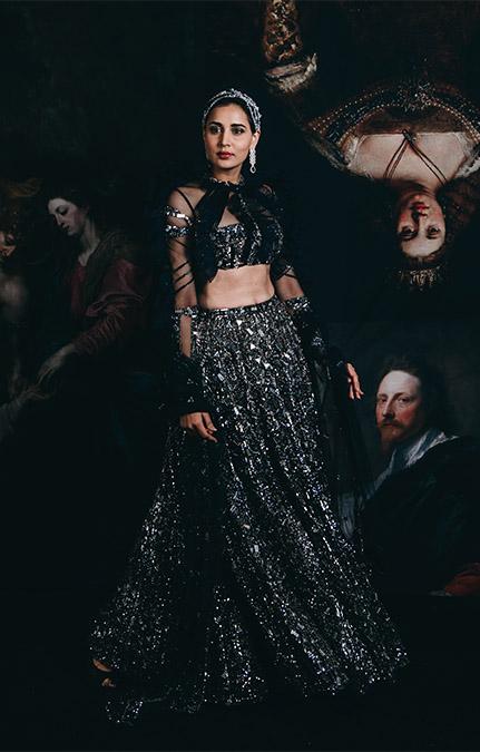 Couture week 2019 Bridal black hand work lehenga Set